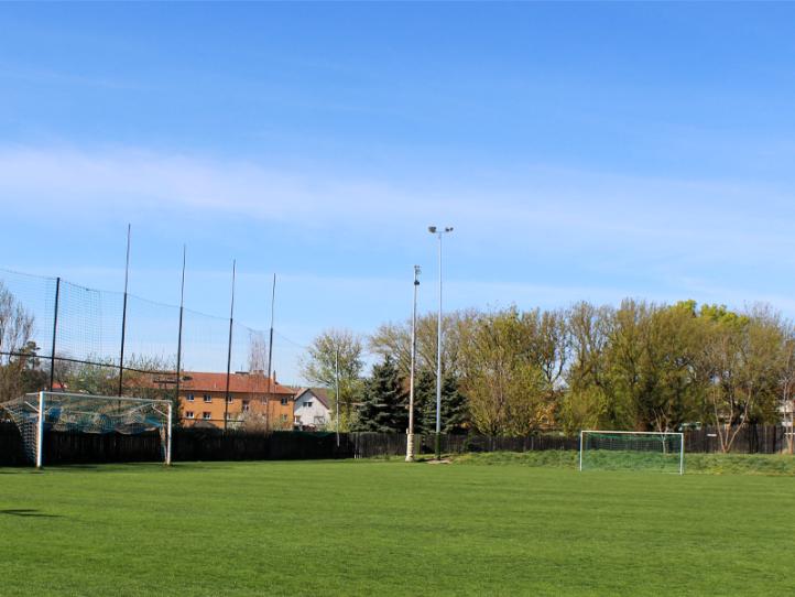 Fotbalové hřiště & Tenisové kurty Hustopeče u Brna